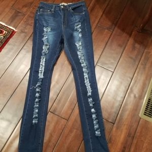 Judy Blue Jeans - GUC Judy Blue Distressed Jeans Size 9